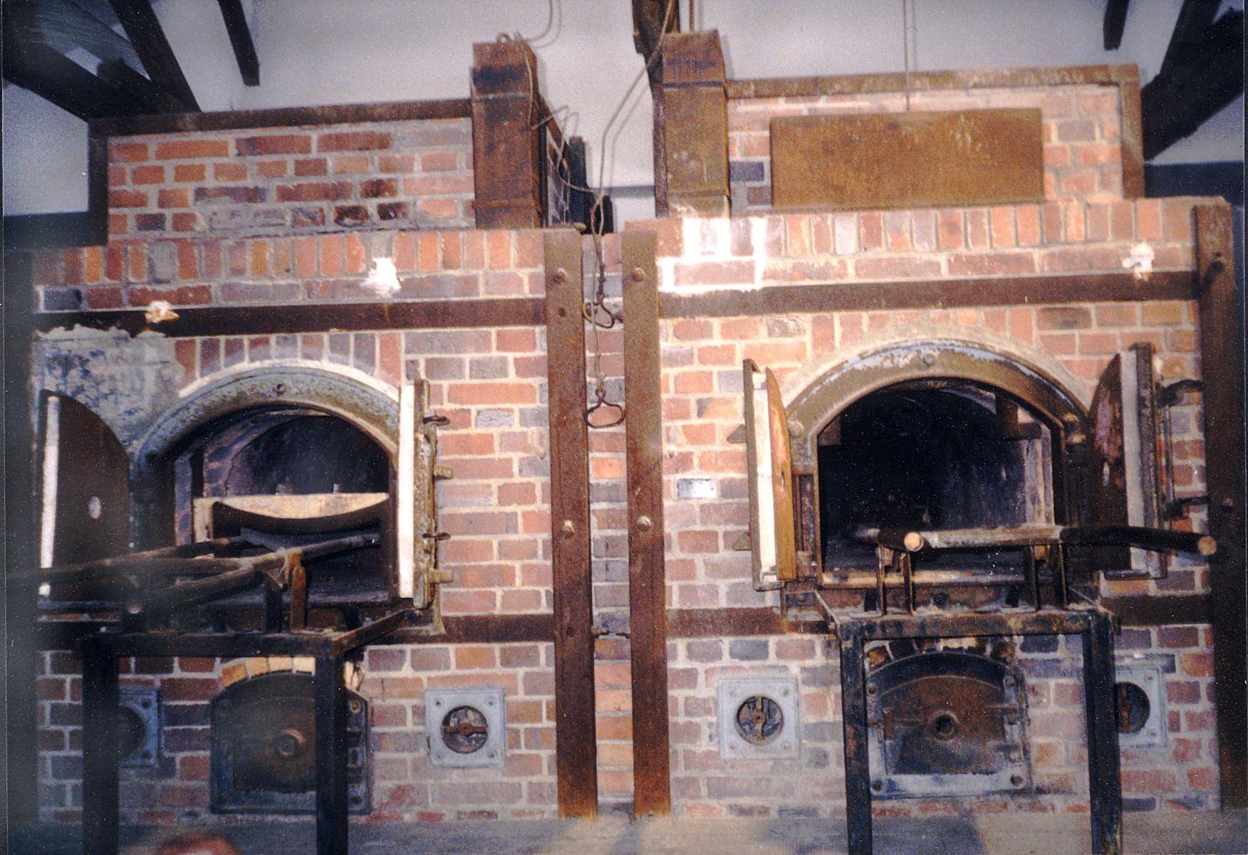kl_dachau_block_x_crematory